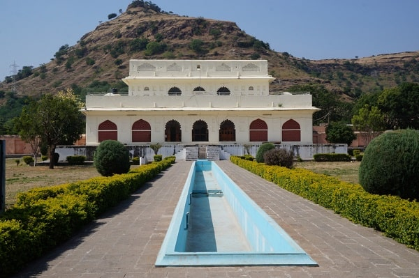 Discover the history of museum in India and Soneri Mahal