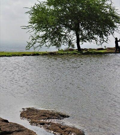 lac en montagne, lake in mountain
